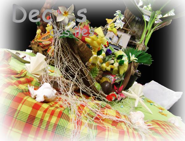 Buffet antillais aux couleurs du madras et des îles
