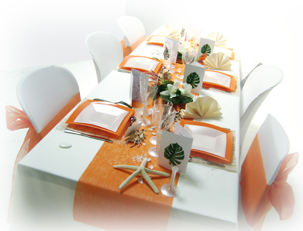 d coration mariage tropical en orange et blanc. Black Bedroom Furniture Sets. Home Design Ideas